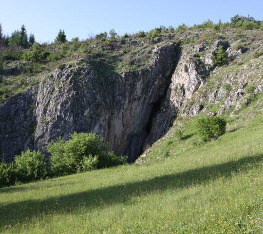 Godovska pećina